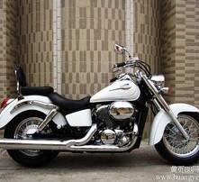 本田沙都750摩托车图片