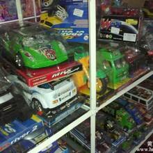 库存玩具变形金刚称斤批发,成色好款式多价格公道