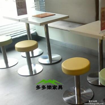直销饭店食堂餐桌椅批发连体餐桌椅组合快餐桌椅肯德基餐桌椅