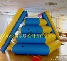水上乐园,水上游艺设施,水上台阶滑梯,台阶滑梯图片