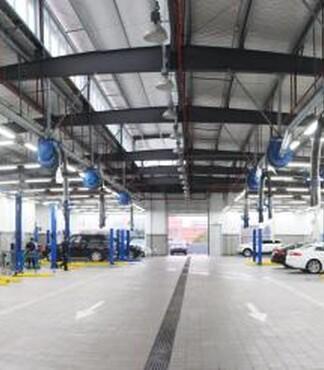 合格的汽车维修泉州捷豹路虎店提供 -汽车维修高清图片