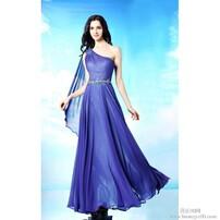 紫色长款礼服,单肩晚会礼服,修身宾客礼服,典雅宴会礼服图片